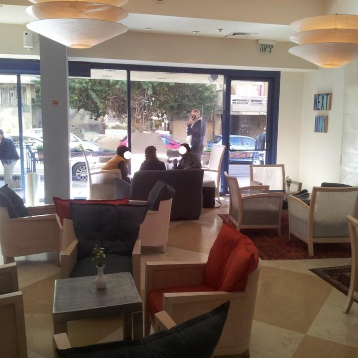 הלובי מלון פרימה סיטי תל אביב