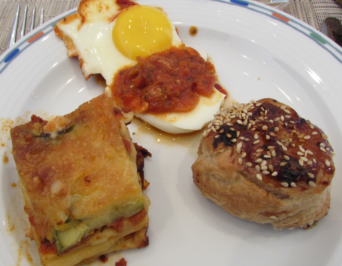 שקשוקה, לזניה, בורקס ארוחת בוקר מלון רויאל ביץ אילת