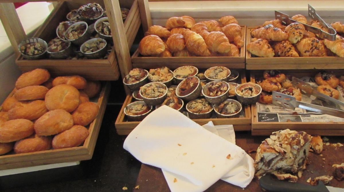 קוואסונים ארוחת בוקר מלון רויאל ביץ אילת