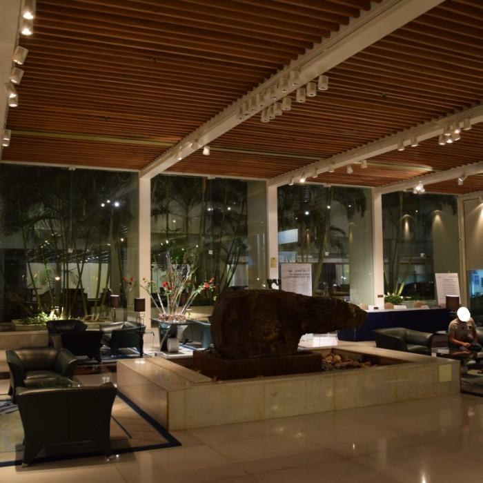 הכניסה למלון מלון רויאל ביץ אילת