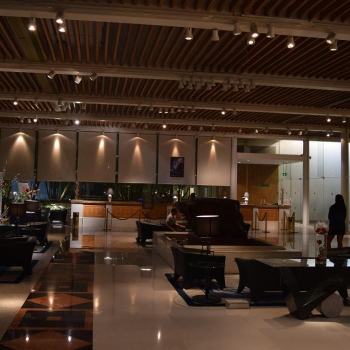 הקבלה והכניסה למלון מלון רויאל ביץ אילת