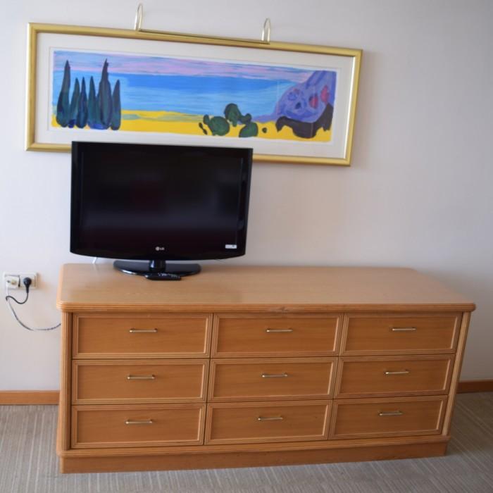 הטלוויזיה החדר מלון רויאל ביץ אילת