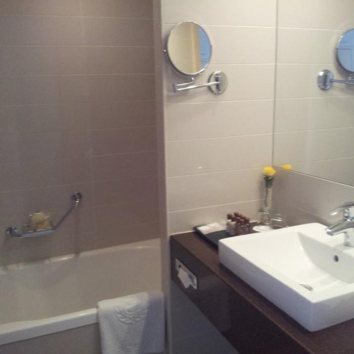 חדר האמבטיה מלון שרתון ניו יורק