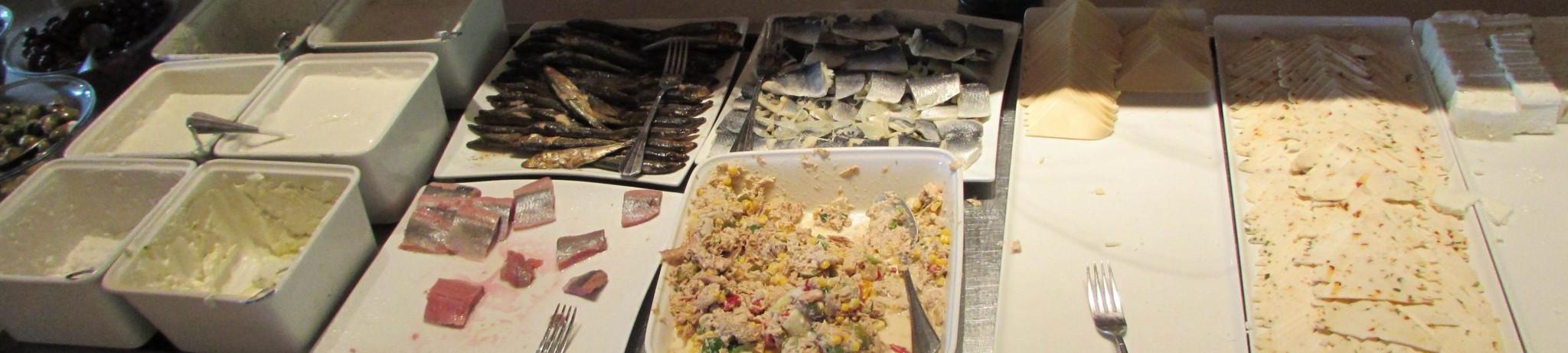 גבינות, דגים ארוחת בוקר מלון הנסיכה אילת