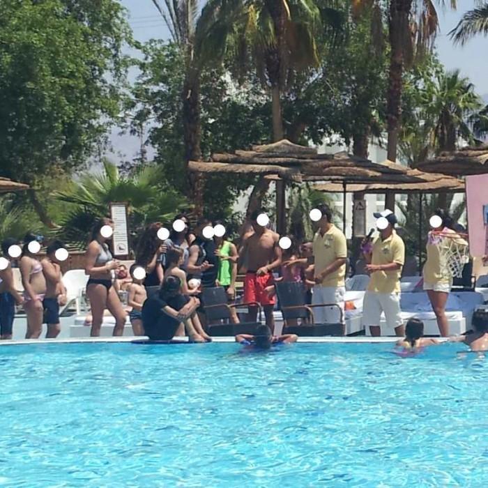 משחקי בריכה מלון יו קןרל ביץ אילת