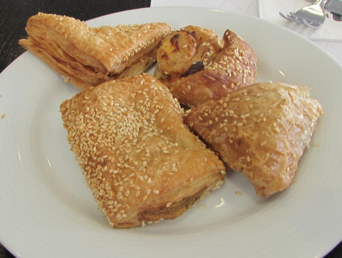 בורקסים ארוחת בוקר מלון יו סוויטס אילת