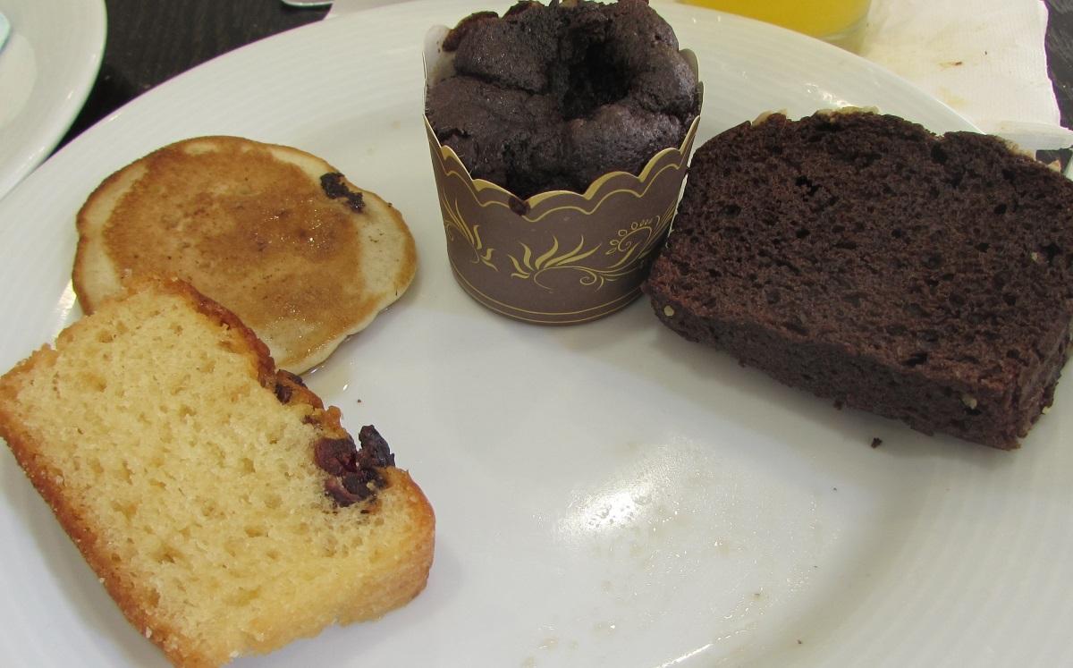 עוגות ארוחת בוקר מלון יו סוויטס אילת