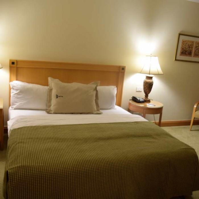 חדר שינה מלון יו סוויטס אילת