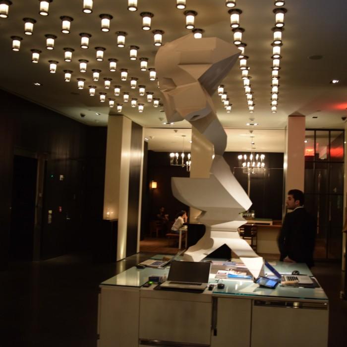 הקבלה והכניסה למלון מלון אנדז השדרה החמישית ניו יורק