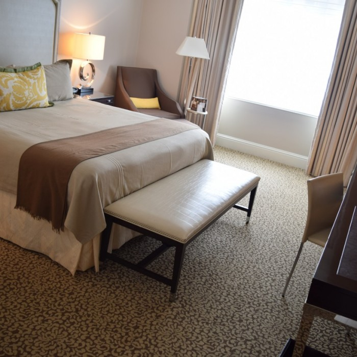 החדר ביום מלון אומני ברקשייר ניו יורק