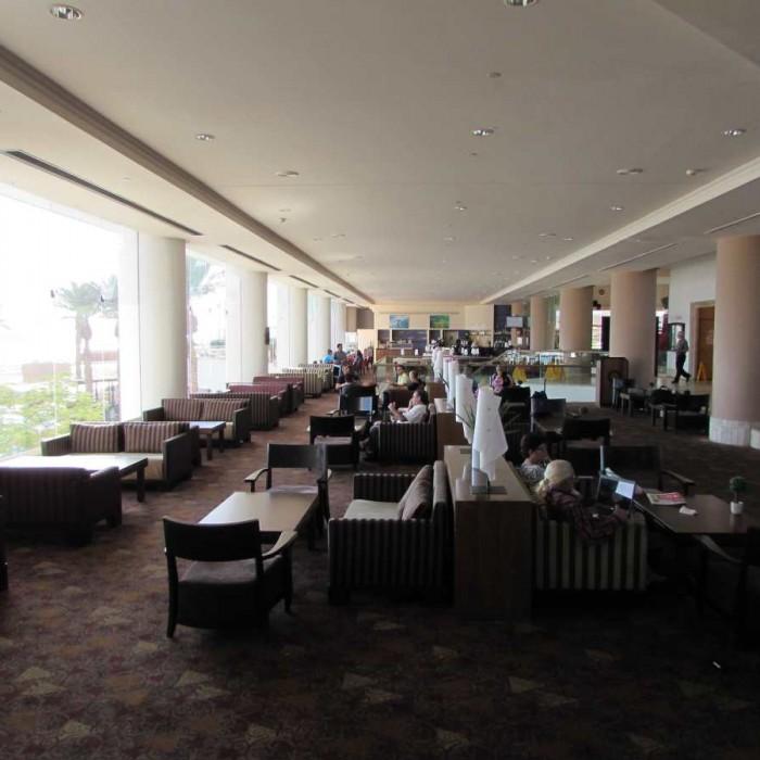 מלון קראון פלאזה לובי