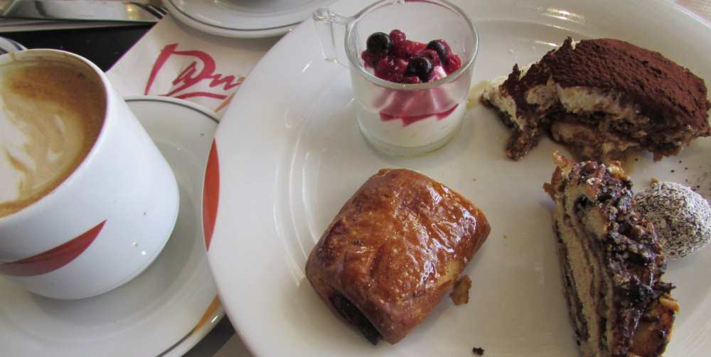 מאפים ועוגות ארוחת הבוקר מלון דן אילת