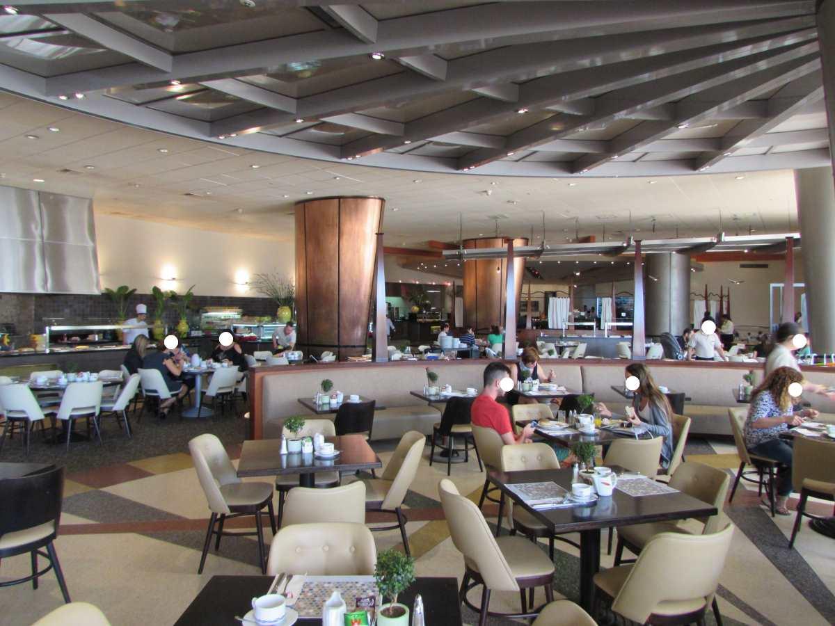 חדר האוכל ארוחת הבוקר מלון דן אילת