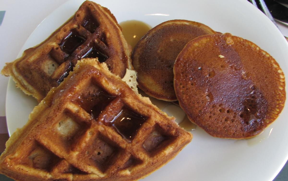 פמקייק, וופל ארוחת בוקר מלון הרודס פאלאס אילת