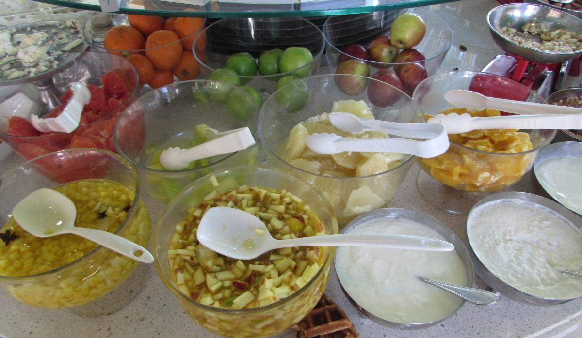 לפתנים ארוחת בוקר מלון הרודס פאלאס אילת