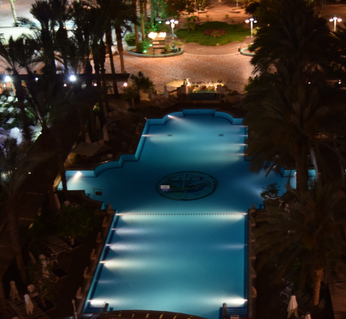 herods-palace-eilat-hotel-pool-night