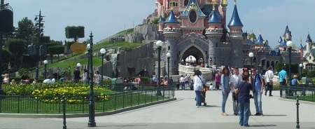 2tub-disneyland-paris
