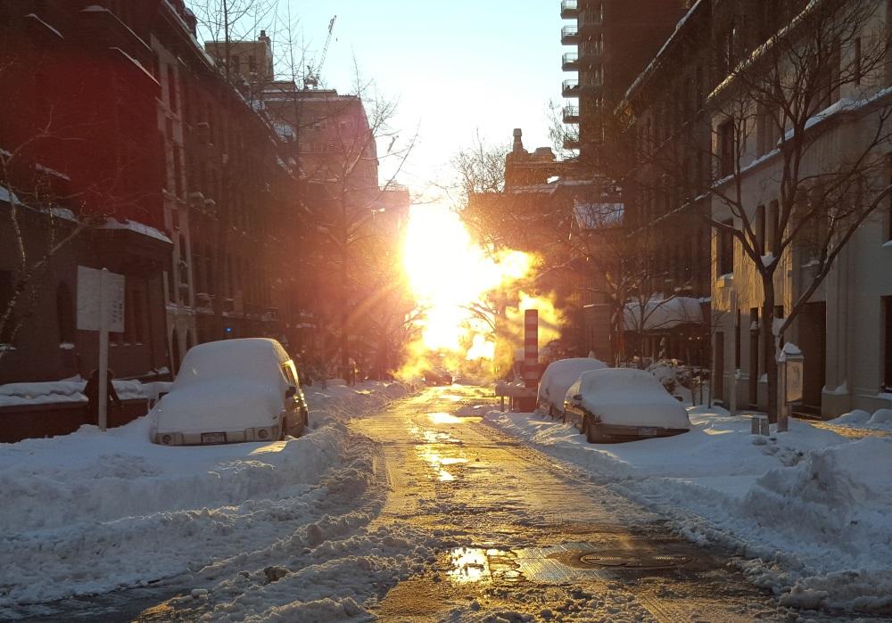 השמש ושטחים מוצלים יכולים להיות מצולמים ביחד בעזרת תכונת ה- HDR
