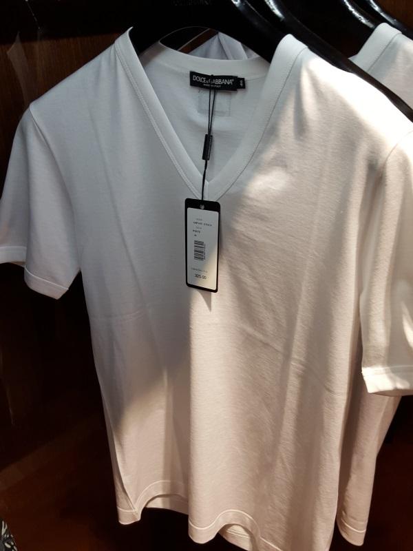 חולצה קצרה של דולצ'ה וגבאנה ב- 350$