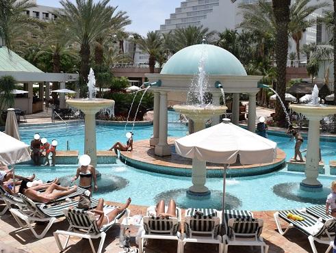 tub-swimming-pools-hotels-eilat