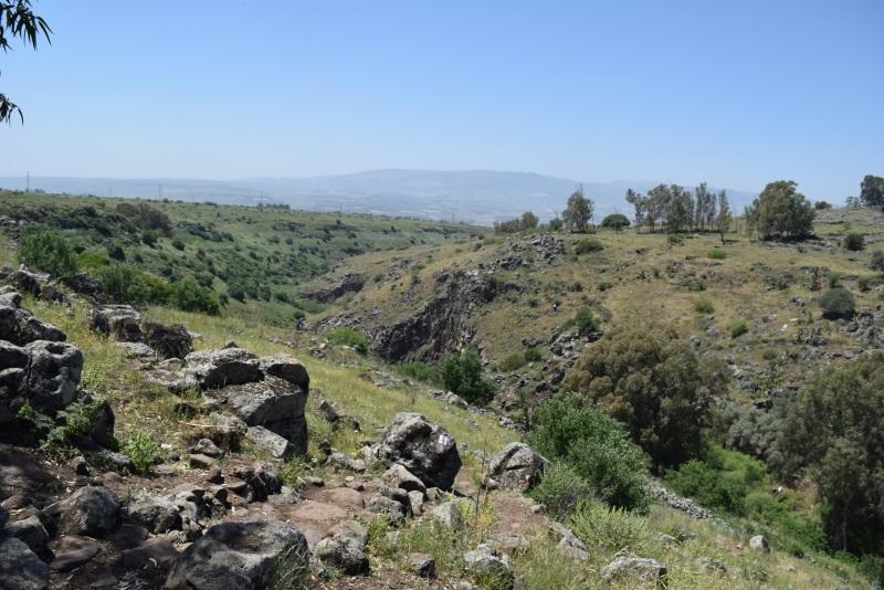 הנוף מפל דבורה נחל ג'ילבון