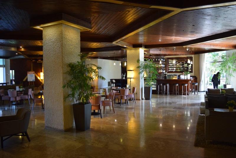 בר - בית קפה בלובי מלון דן קיסריה