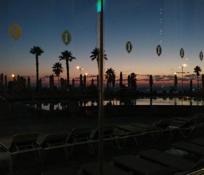 צילום עם פיצוי חשיפה. השקיעה בולטת יותר ומה שלא חשוב חשוך. LG G5