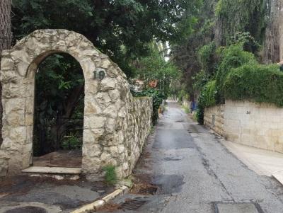 טיול עירוני בשכונות הישנות של ירושלים