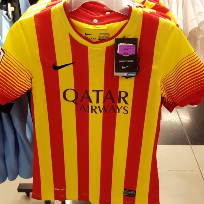 נייק עודפים חולצת כדורגל לילדים 64 שקלים