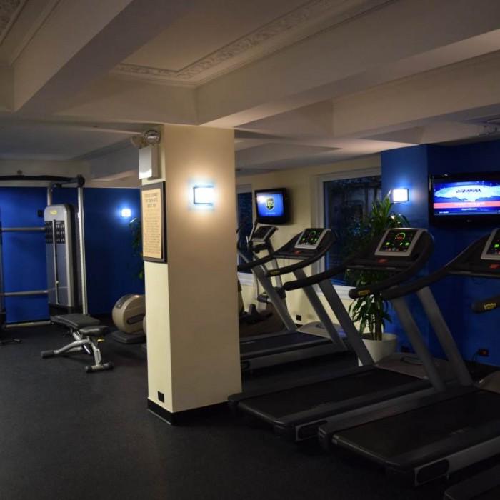 חדר כושר חלק ארובי מלון אדיסון ניו יורק