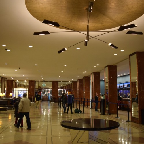 לובי מלון פנסילבניה ניו יורק