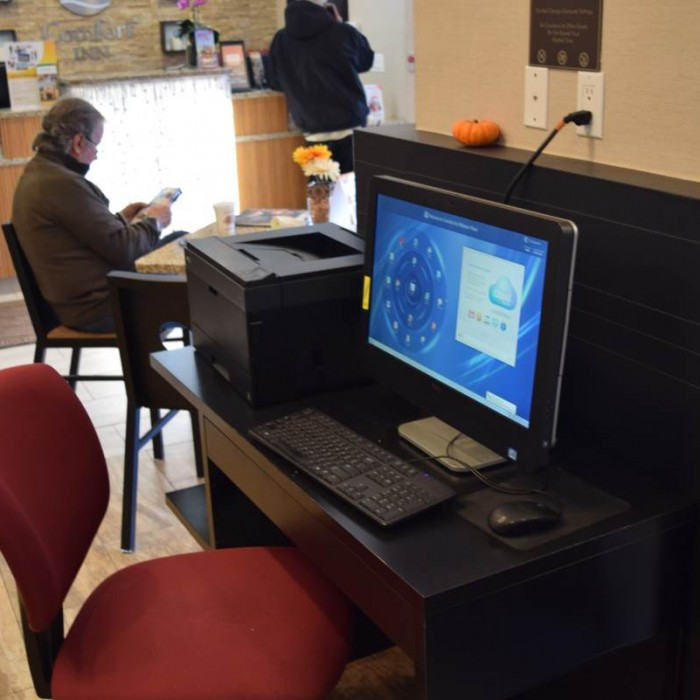 מחשבים לשימוש חופשי מלון קומפורט אין מידטאון ווסט ניו יורק