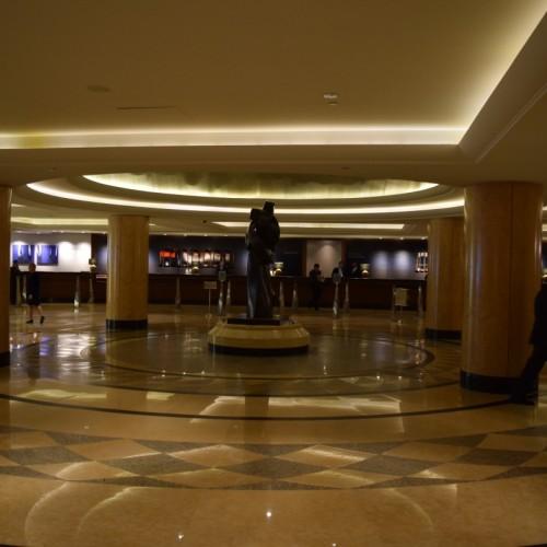 הקבלה מלון הילטון מידטאון ניו יורק