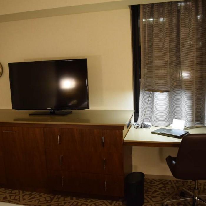 טלוויזיה וריהוט מלון הילטון טיימס סקוור ניו יורק