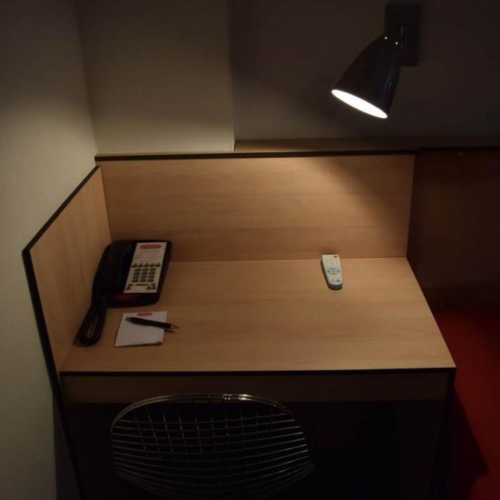 שולחן כתיבה מלון פוד 51 ניו יורק