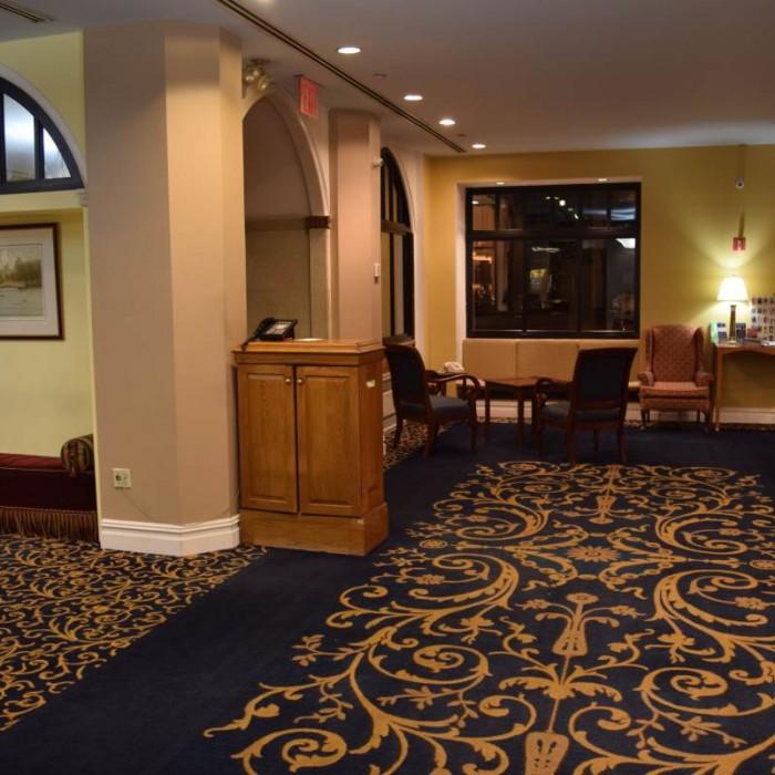 הלובי והכניסה מלון סליסבורי ניו יורק