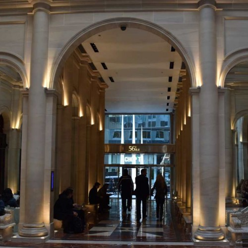 הכניסה למלון לה פארקר מרידיאן