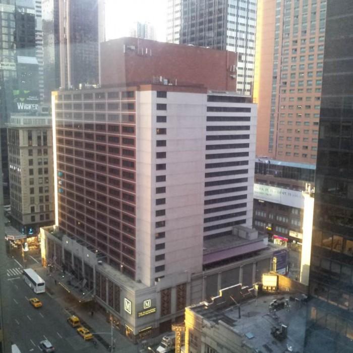 המלון The Manhattan at Times Square Hotel