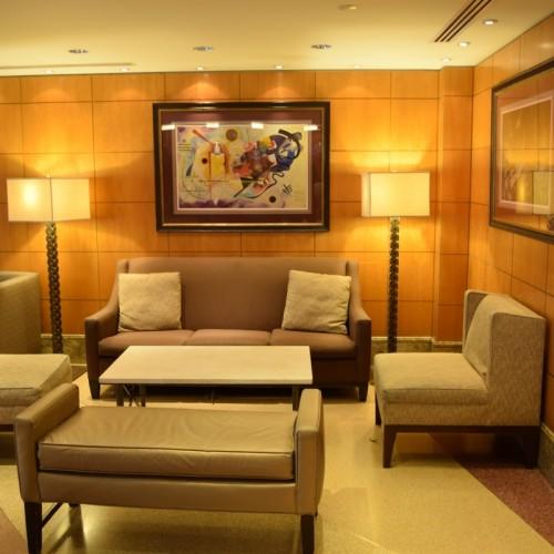 מערכת ישיבה בלובי של מלון בלוודר ניו יורק