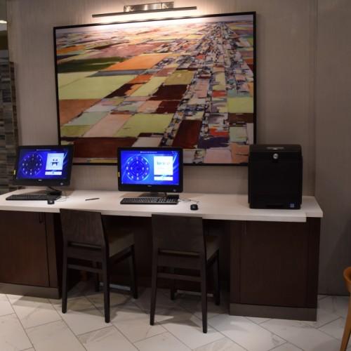 מרכז העסקים של מלון הילטון מידטאון איסט
