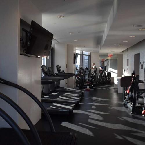 חדר כושר מלון רזידנס אין סנטרל פארק ניו יורק