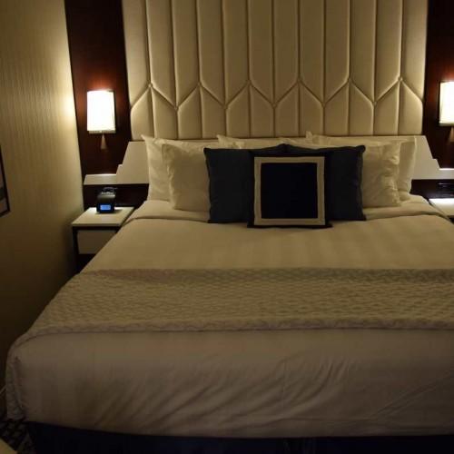 החדר עצמו לא גדול אבל כולל מטבח מלון רזידנס אין סנטרל פארק ניו יורק