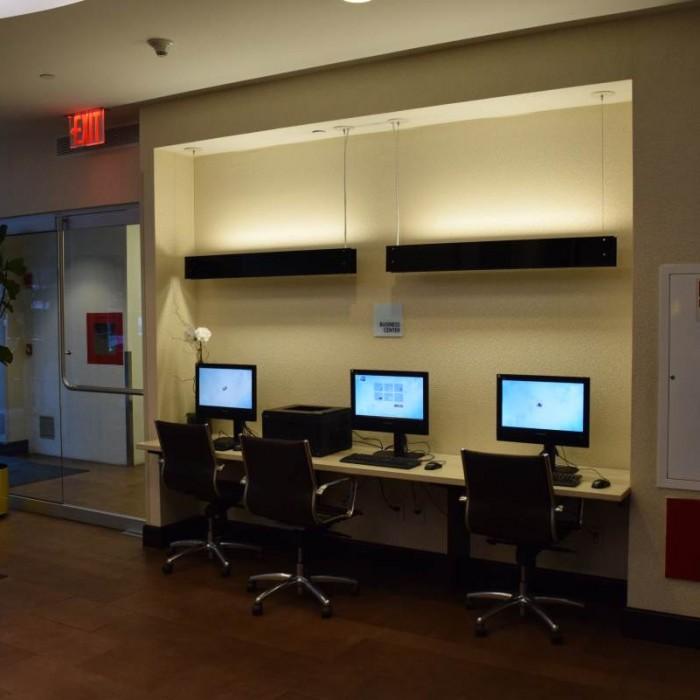 מחשבים לשימוש חופשי מלון הולידיי אין אקספרס טיימס סקוור דרום ניו יורק