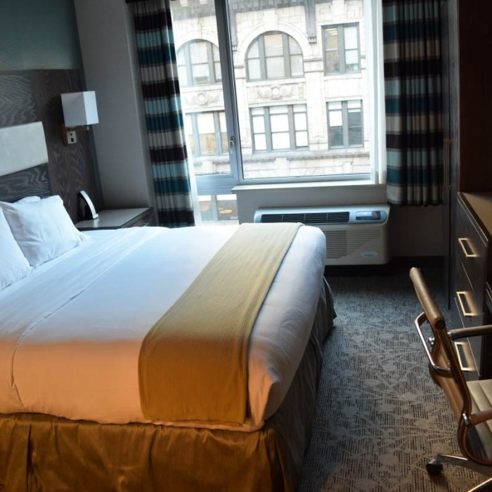 החדר מלון הולידיי אין אקספרס טיימס סקוור דרום ניו יורק