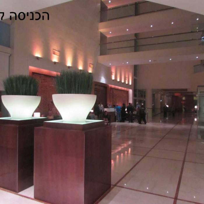 הכניסה למלון מלון ישרוטל ים המלח