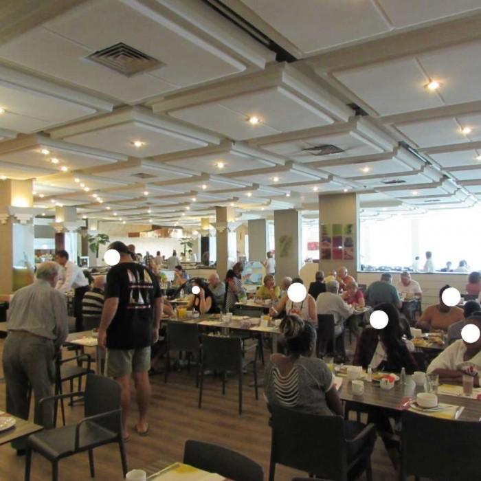 חדר האוכל מלון לאונרדו קלאב ים המלח