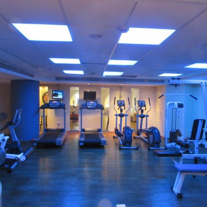 חדר כושר מלון אואזיס ים המלח