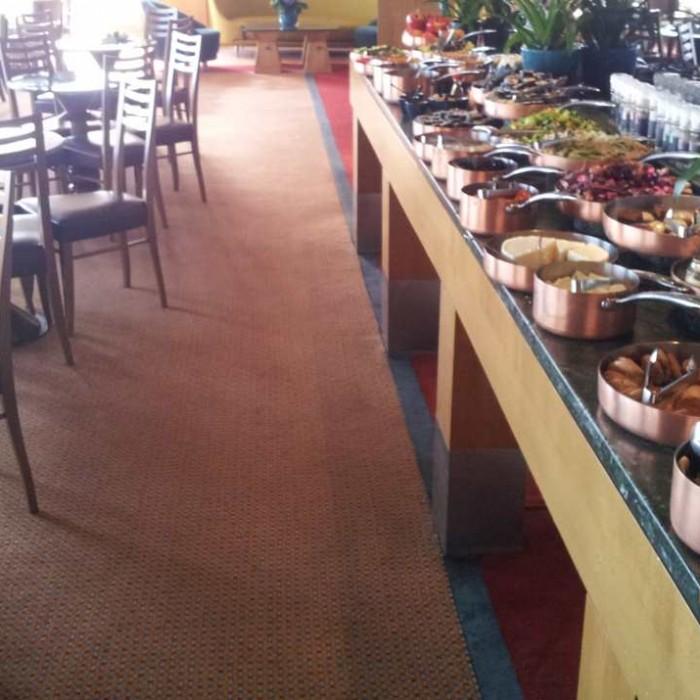 האוכל בטרקלין העסקים מלון דן אילת