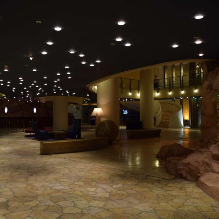 הכניסה למלון מלון דן אילת