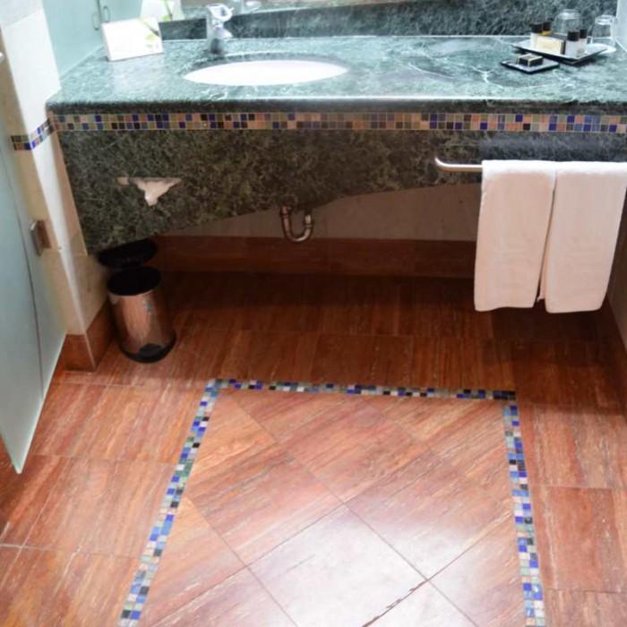 חדר אמבטיה החדר מלון דן אילת
